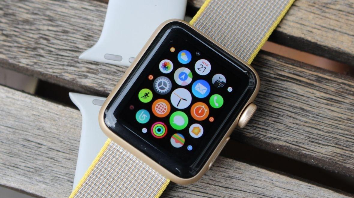 6d7b580d7f66 Os smartwatches são relógios inteligentes, na tradução literal e esses  objetos estão ganhando um público cada vez mais fiel, que está disposto a  conhecer ...